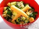 Рецепта Салата с краставици и слънчогледово семе